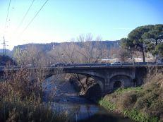 Vista da ponte Salário sobre o rio Aniene, onde se cruza com a via Salária, em Roma. Foto: Bikediablo