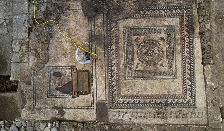 Grande mosaico