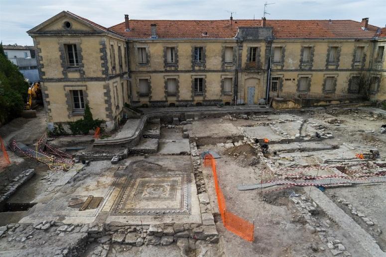 Sítio arqueológico em Uzès