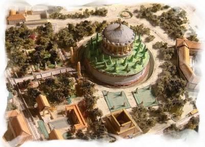 Pequena maquete que nos traz a aparência do Mausoléu e de seu entorno, dois mil anos atrás. foto: divulgação