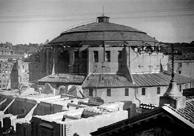 Foto de 1930, quando ainda aconteciam espetácuos teatrais e concertos.Foto: divulgação.