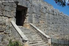 Porta Maior ou Porta Maggiore, com cerca de 4,5 m de altura, Alatri. Foto: ©Dayana Mello