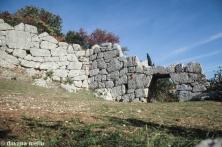 Porta Saracena. Muro Ciclópico de Segni, província de Roma. Foto:©Dayana Mello